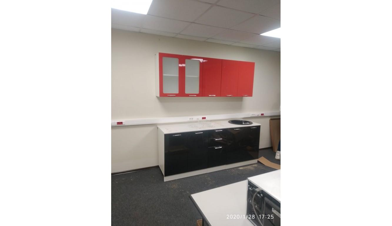 Кухня Техно Черный глянец \ Красный глянец 2,0м
